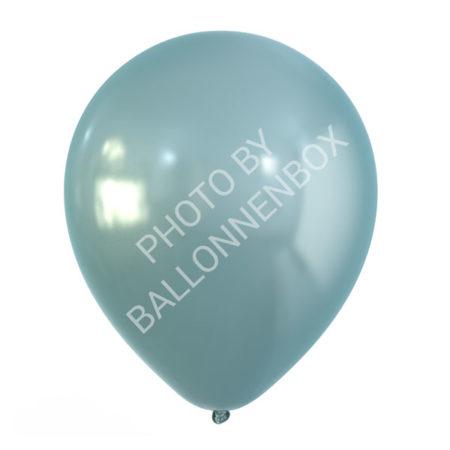 Lichtblauwe metallic ballonnen