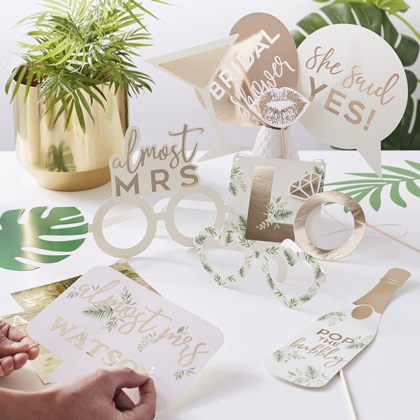 photo props botanical hen party
