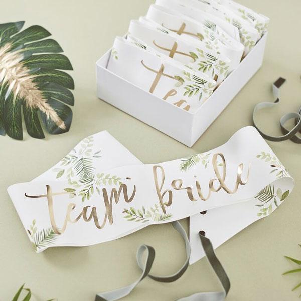 sjerpen team bride botanical hen party